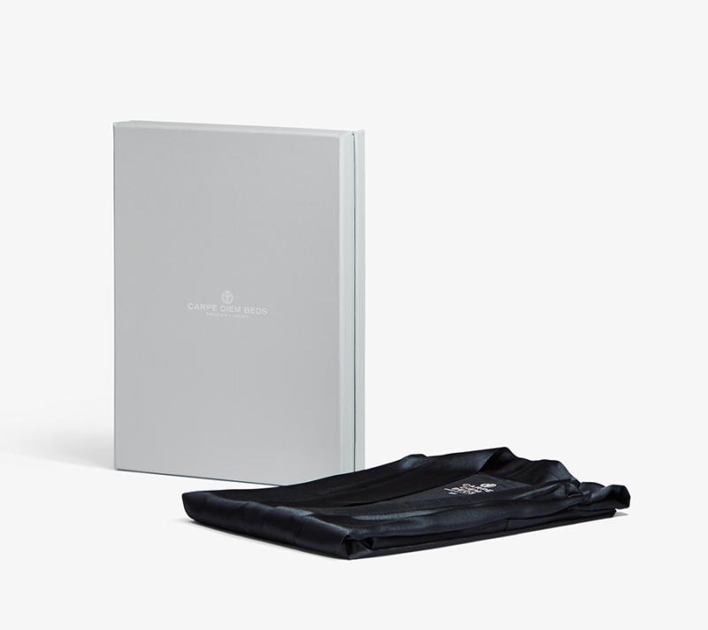 Carpe Diem Mulberry Silke Kimono Black packing