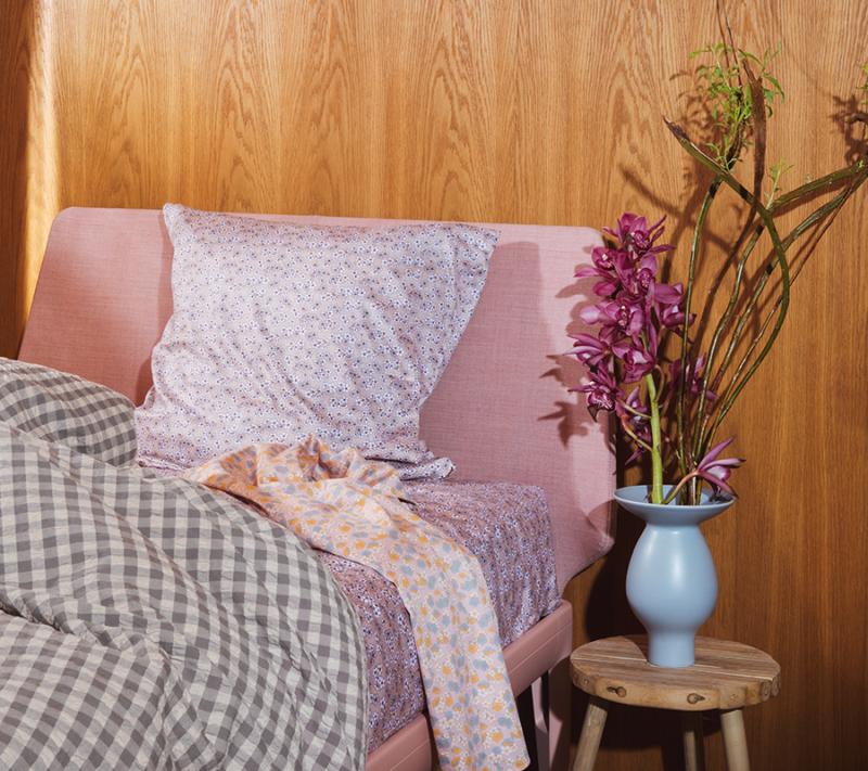 JUNA Bæk og Bølge sengetøj Grå Birk miljøbillede 4
