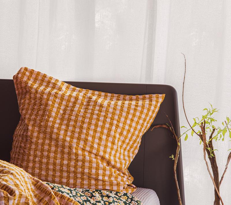 JUNA Bæk og Bølge sengetøj Pink Okker miljøbillede 3