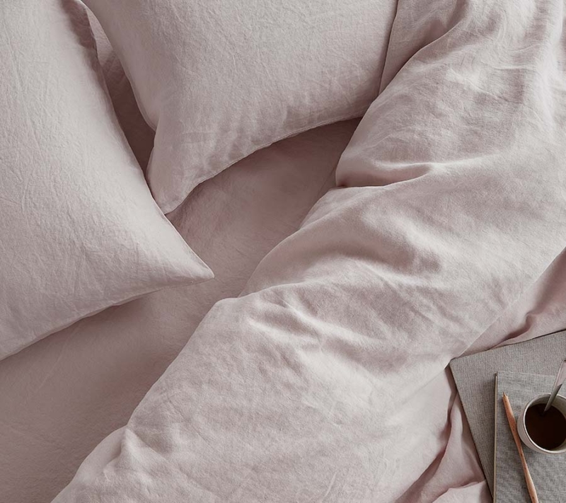 Ordinary Things Hør Sengetøj Blush Pink miljøbillede